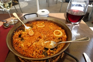 Paella for two in downtown Alicante proper.