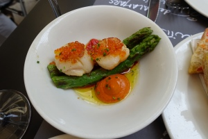Best part of each day...Tapas Lunch!  These Scallops topped with a very mild Roe were delicious.  The accompanying asparagus and dollop of sauce rounded it out -- perfect!