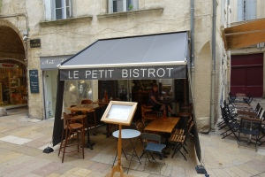 Welcome to La Petit Bistrot